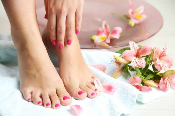 Treat Dry and Cracked feet in this winter