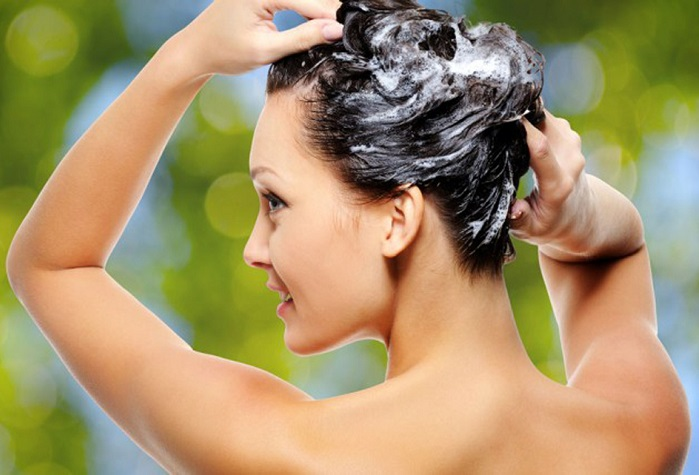 Anti Dandruff Shampoos to soothe Flaky scalp