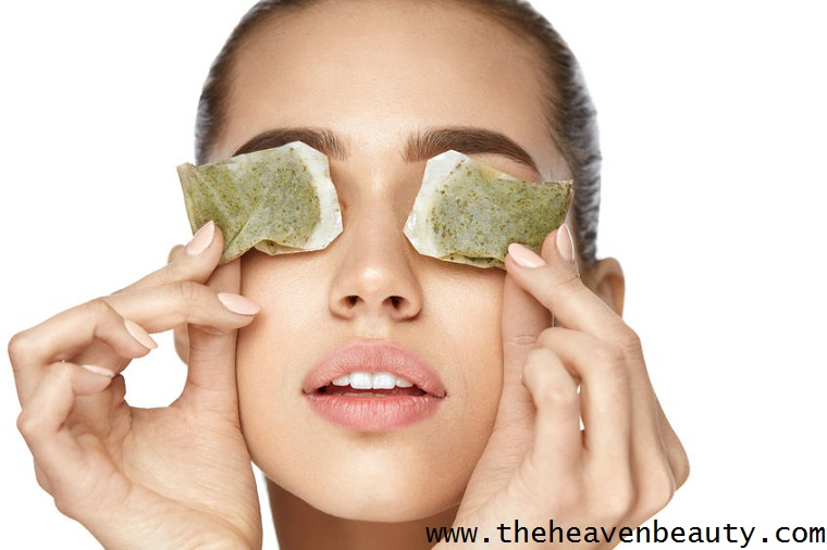 Treat burned eyes with green tea bags