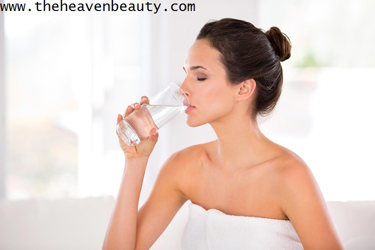 skin care tips - drink water to hydrate your skin