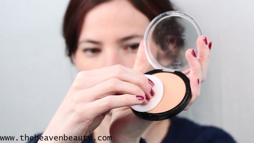 best monsoon makeup tips - powder foundation