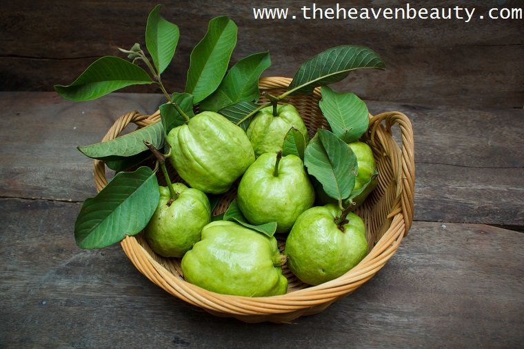 Guava to cure bad breath