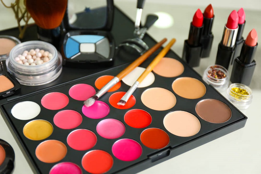 Best makeup kits for perfect skin