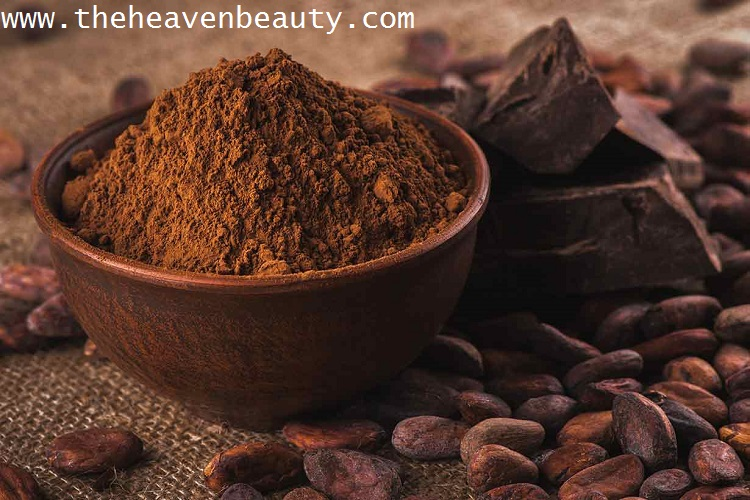 Cocoa powder and Honey as a natural face wash for men